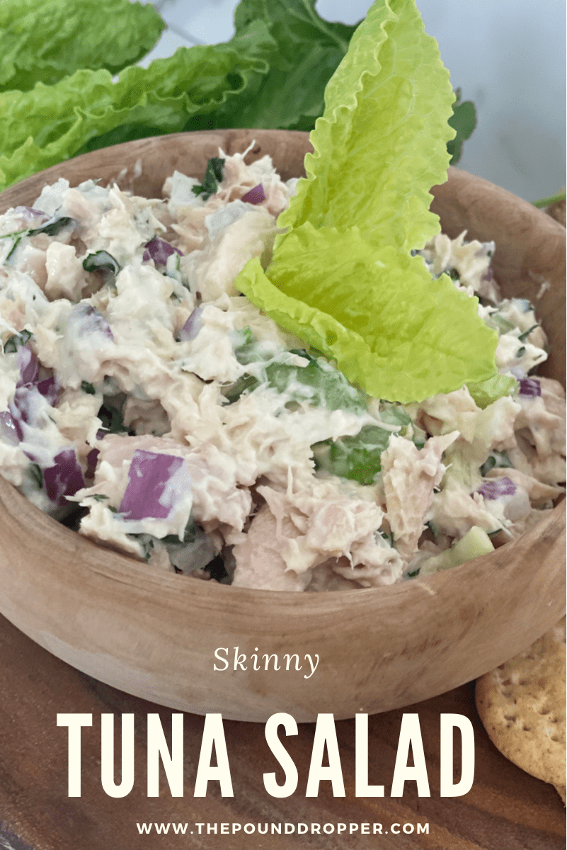 This Skinny Tuna Salad is a lighter version of the classic tuna salad recipe. Perfect ontop of crackers, in a sandwich, wrap, or as salad or appetizer! via @pounddropper