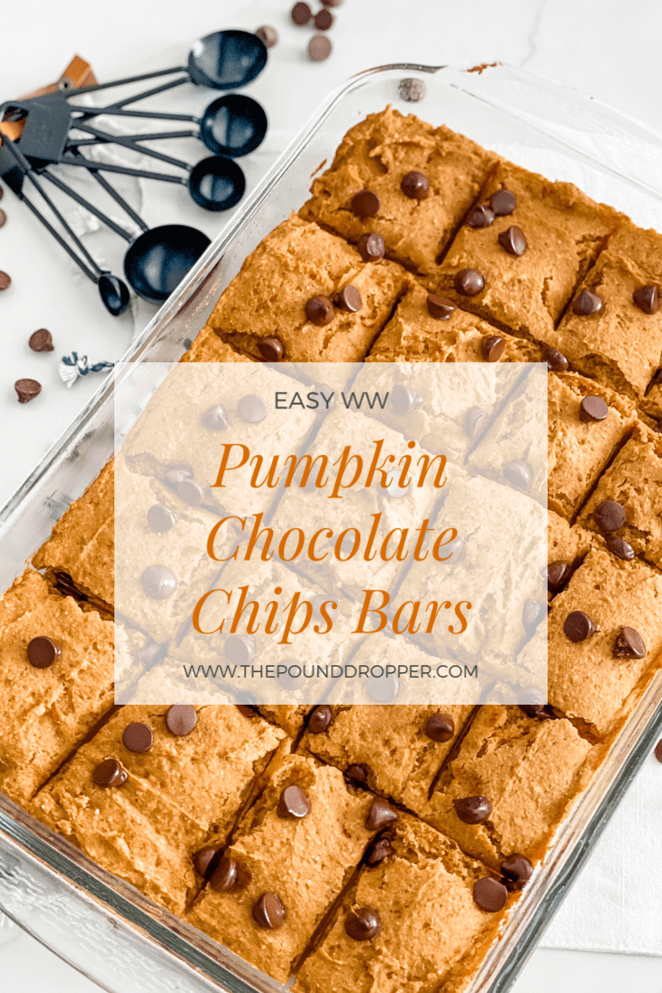 These Easy WW Pumpkin Chocolate Chip Bars are a lightened up version of a classic pumpkin chocolate chip bar-packed with pumpkin puree, pumpkin spice, and chocolate chips. You just can't go wrong with these beauties! via @pounddropper